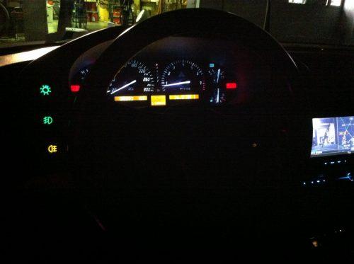 ポルシェ 928 メーターパネル、スイッチ照明フルLED化