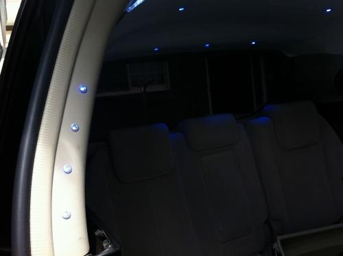 トヨタ エスティマ 50 天井、全ピラー、その他LED300発使用
